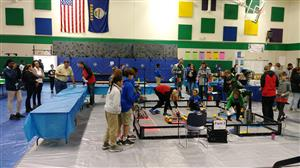 Setting the Competition Field at the Robotics Competition at GPA