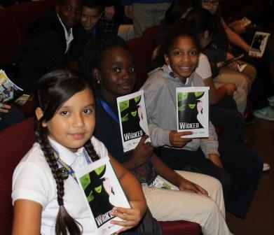 Jardine Students Attend Performance of Wicked at Century II.