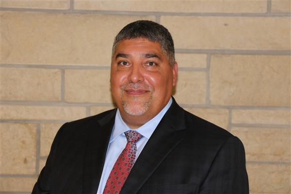 Gil Alvarez named Deputy Superintendent for the Wichita Public Schools