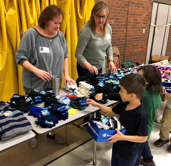 Colvin students receive new shoes