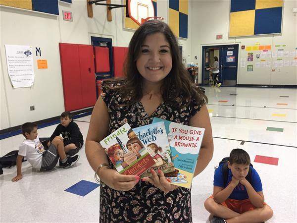 Enterprise teacher provides all students with new books