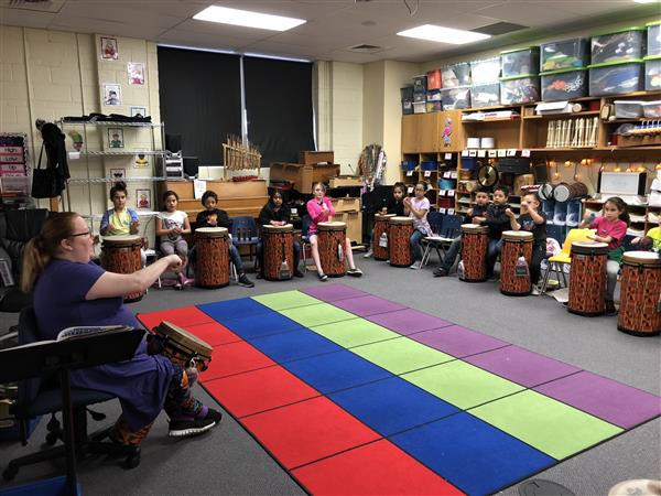 Pleasant Valley Elementary music teacher incorporates World Drumming curriculum in her classes