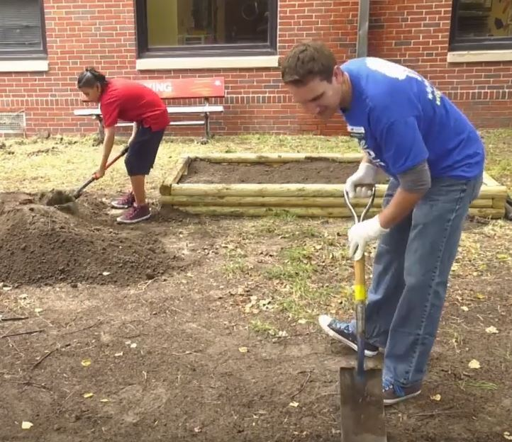 Irving Elementary courtyard clean up