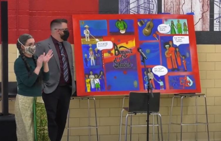 Mead Middle School unveils mural